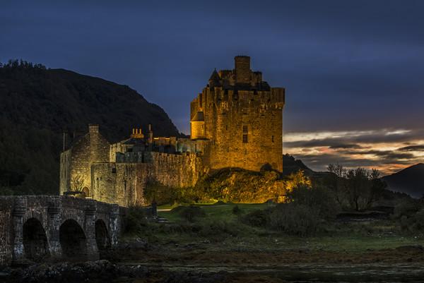 Eilean Donan Castle, Scottish Highlands Canvas print by Arterra
