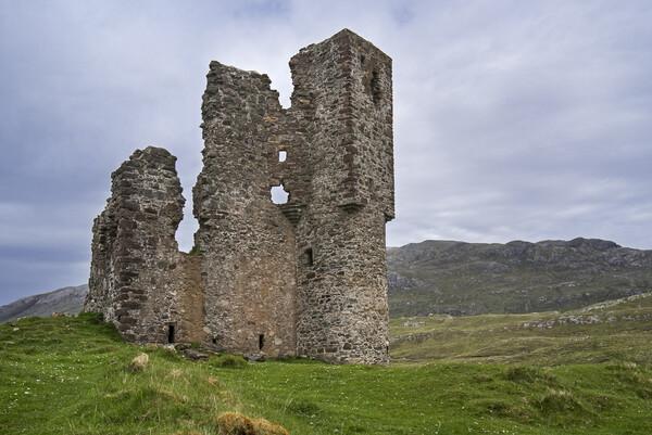 Ardvreck Castle in the Scottish Highlands Print by Arterra
