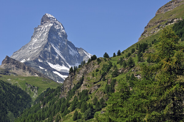 Matterhorn Mountain in Wallis, Switzerland Canvas Print by Arterra