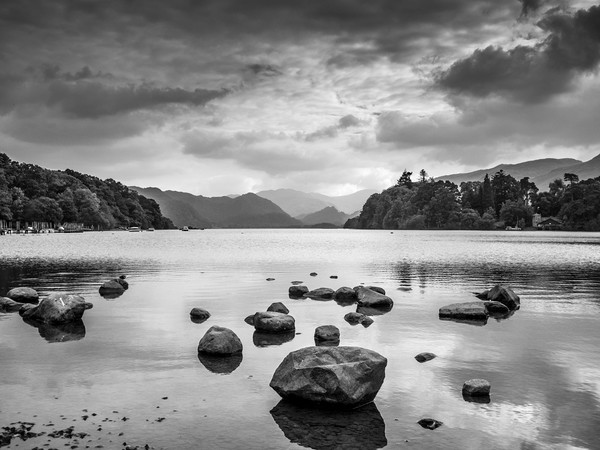 Derwent Water in the Lake District Canvas print by George Cairns