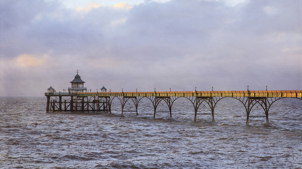 Clevedon Pier Canvas print by Jackie Davies