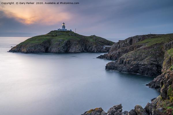 Strumble Head Lighthouse, Pembrokeshire  Canvas Print by Gary Parker