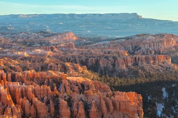 Bryce Canyon Canvas Print by jonathan nguyen