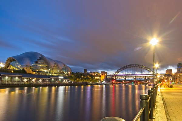 Tyne Bridge and Sage Centre, Newcastle Canvas Print by Rob Cole