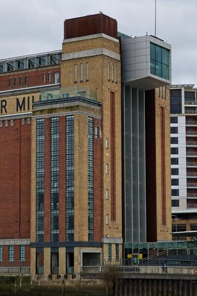 Baltic Flour Mill, Gateshead Framed Print by Rob Cole