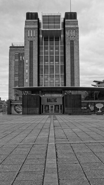 Baltic Flour Mill, Gateshead Framed Mounted Print by Rob Cole