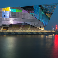 Buy canvas prints of The Deep in Hull, Test Screen on the Humber by Phil MacDonald
