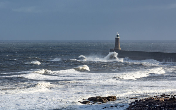 Stormy Weather, Whitley Bay, England Framed Print by Dave Collins