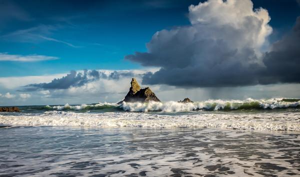 Church Rock, Broadhaven, Pembrokeshire Canvas print by Colin Allen