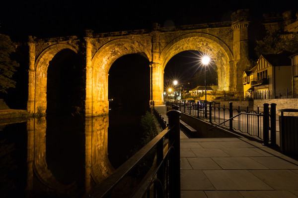 Knaresborough Viaduct at night Canvas print by mike morley