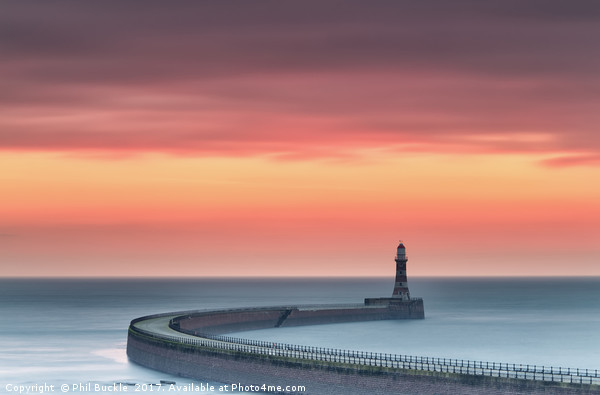 Roker Sunrise Canvas print by Phil Buckle