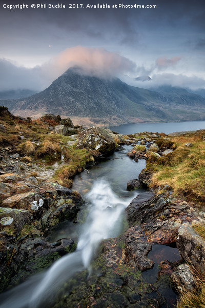 Tryfan Moon Canvas print by Phil Buckle