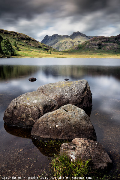 Blea Tarn to the Pikes Canvas print by Phil Buckle