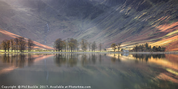 Buttermere Beams Canvas print by Phil Buckle