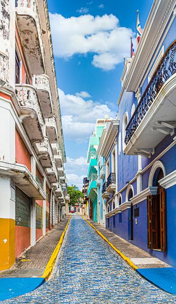 Cobblestone Street in Old San Juan Canvas print by Darryl Brooks