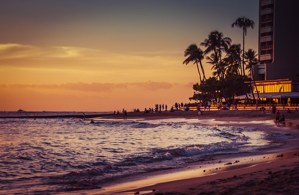 Sunset Moment in Hawaii 0015 Framed Print by AMYN NASSER