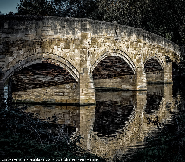 Reflecting Echoes Canvas print by Iain Merchant
