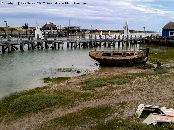 Derelict Boat Rye Harbour                        Canvas print by Lee Sulsh
