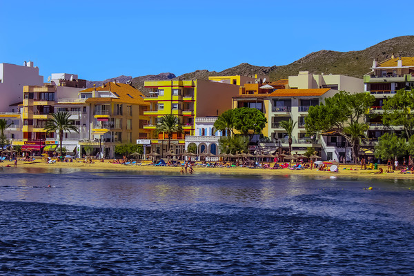 Puerto Pollensa Beach Canvas print by Lorraine Terry