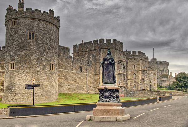 Windsor Castle Framed Print by Dave Williams