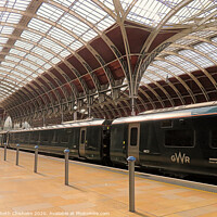 Buy canvas prints of Paddington Station - awaiting passengers by Elizabeth Chisholm