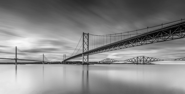 The Forth Bridges Canvas print by overhoist