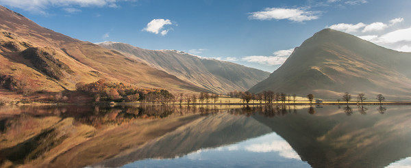 Buttermere, Lake Distict Canvas print by Andrew Sharpe