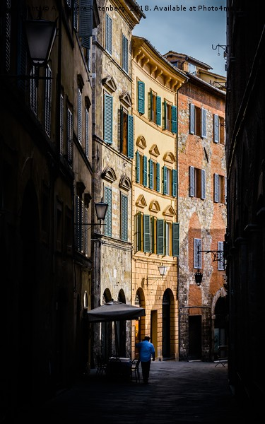 Small street in Siena, Tuscany, Italy Canvas print by Alexandre Rotenberg