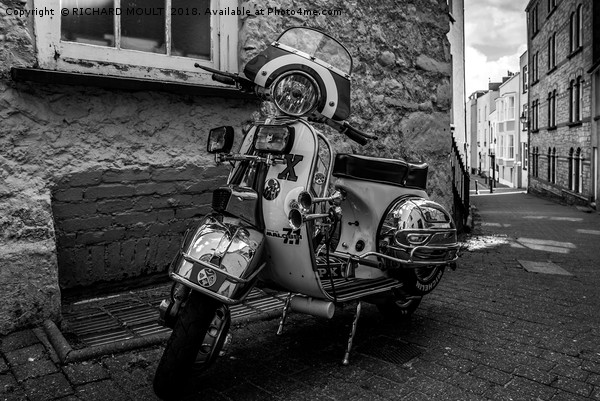 Classic Motor Scooter Canvas print by RICHARD MOULT