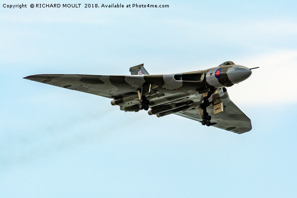 Vulcan Bomber Canvas Print by RICHARD MOULT