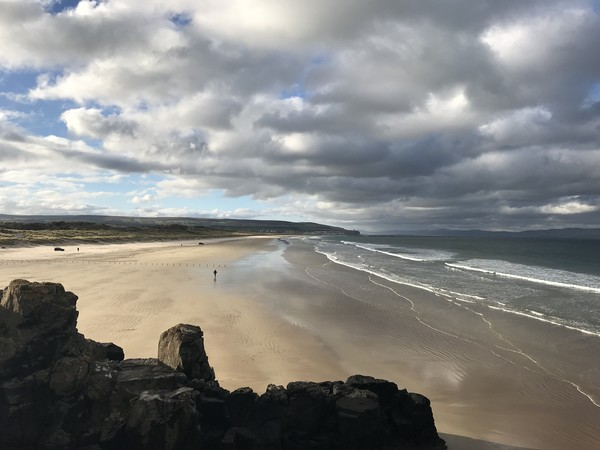 Portstewart Strand Canvas Print by Colin Reeves