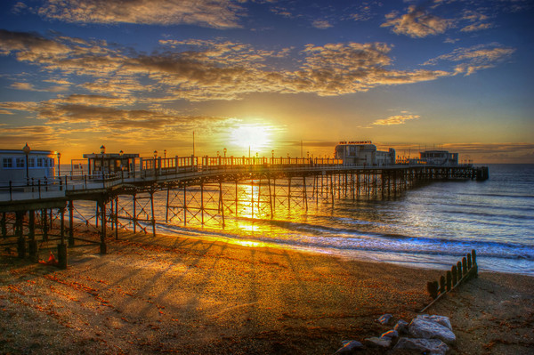Sunrise at Worthing Pier  Canvas print by Terry May