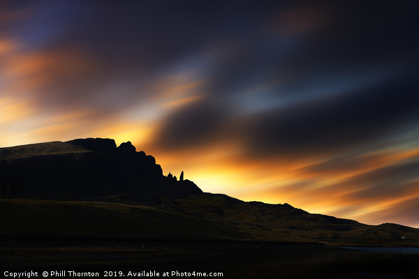 Sunsetting over The Old Man of Storr No.3 Canvas print by Phill Thornton