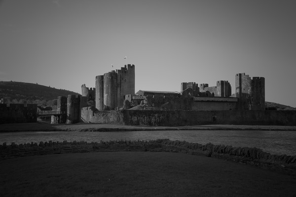 Caerphilly Castle                                Canvas print by jason jones