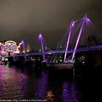 Buy canvas prints of Hungerford Pedestrian Bridge at night by Nathalie Hales