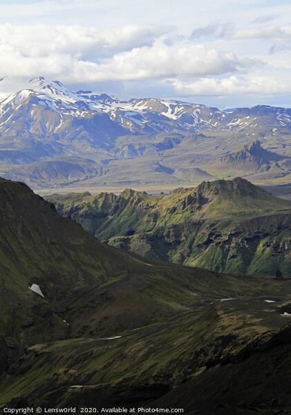 Rugged mountain landscape in Iceland Print by Lensw0rld