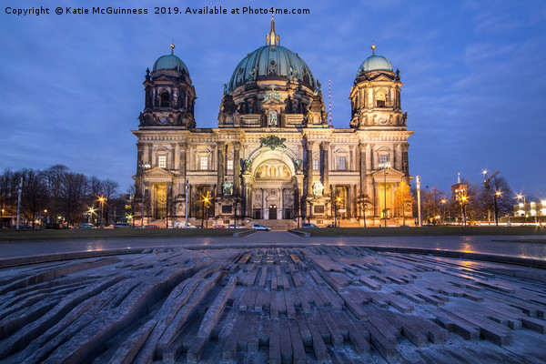 Berlier Dom (Berlin Cathedral) during sunset Canvas print by Katie McGuinness