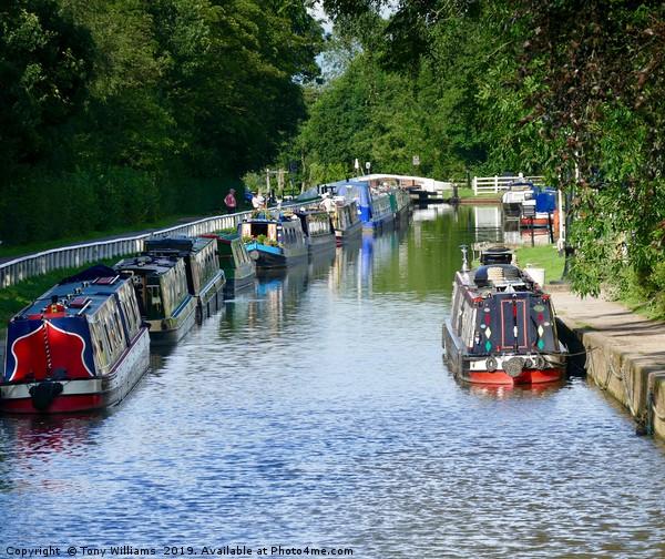 Narrowboats at Fradley Junction Canvas print by Tony Williams