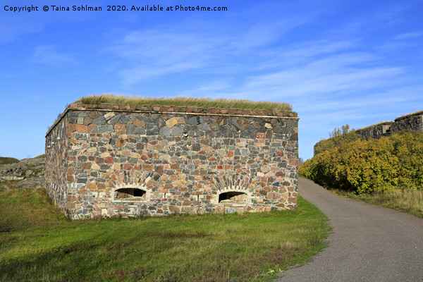 Suomenlinna Fortifications in October Canvas print by Taina Sohlman