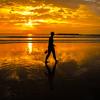 Buy canvas prints of Sunset Walk by Sean Wright