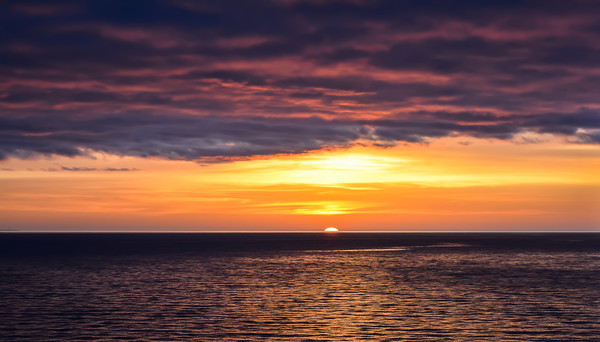 Sunset over the Baltic sea Canvas Print by Jelena Maksimova