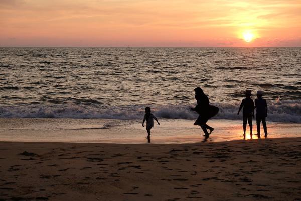 Serene Sunset at Ullala Beach                      Print by Mohamed Safeek S