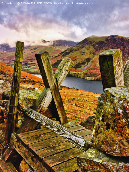 BUTTERMERE Canvas print by EMMA DANCE