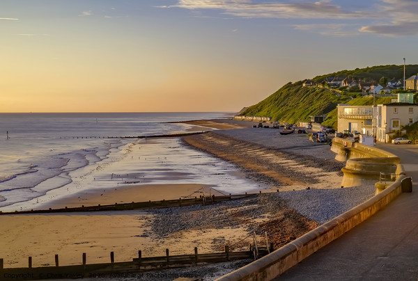 A view over the promenade and beach in Cromer Canvas Print by Chris Yaxley