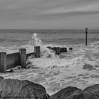 Buy canvas prints of High tide at Cart Gap beach bw by Chris Yaxley