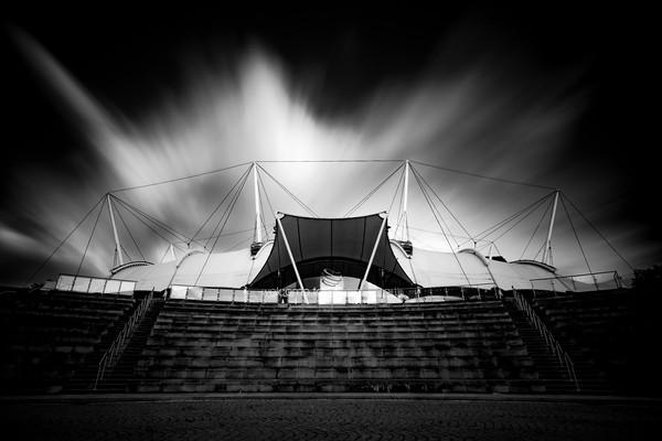 Dynamic Earth long exposure black & white Framed Print by Steven Lennie