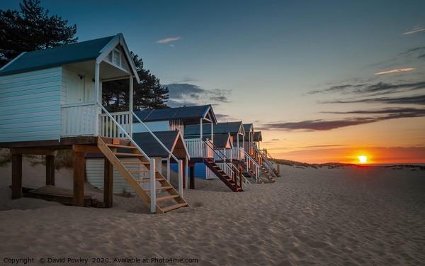 Beach sunset at Wells-next-the-sea Canvas Print by David Powley