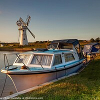 Buy canvas prints of Evening light over Thurne Mill by David Powley