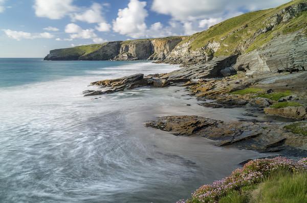 Incoming Tide, Trebarwith Strand, Cornwall Canvas Print by Mick Blakey
