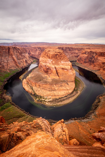 Horseshoe Bend in Arizona Canvas Print by Erik Lattwein